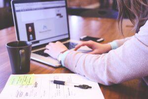 searching, laptop